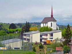 Dorfbild Gemeinde Altbüron mit Solardächern