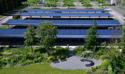 Carport: 310'000 kWh/a Solarstrom 1