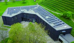 PV-Anlage auf dem Dach der Bibliothek