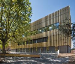 """Der """"Goldene Pavillon"""" ist ein zentraler Ort für den soziokulturellen Austausch der Anwohner. Das Mehrzweckgebäude konsumiert im Betrieb 113'200 kWh/a."""